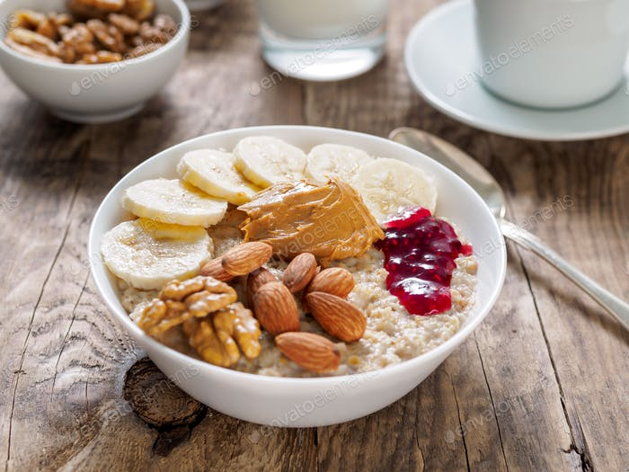 A hearty and healthy oatmeal