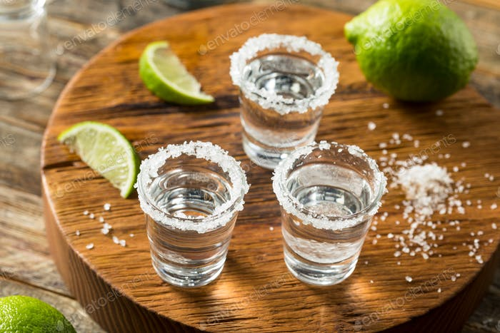 Alcoholic Tequila Shots with Lime