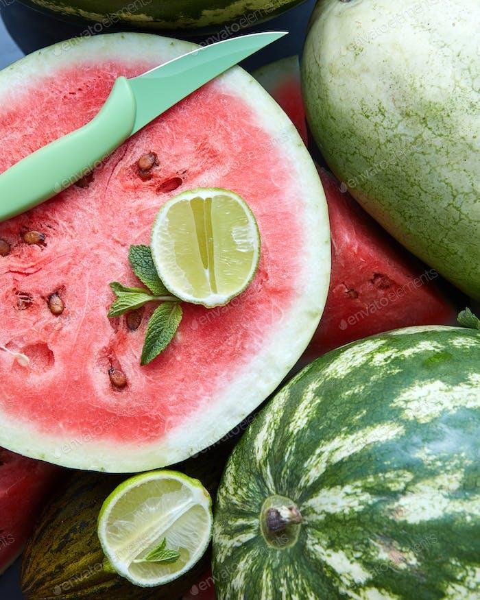 Hintergrund von frischen reifen Wassermelonenscheiben