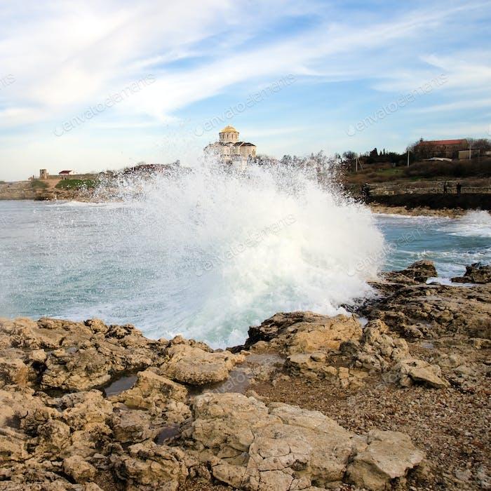 Foaming wave