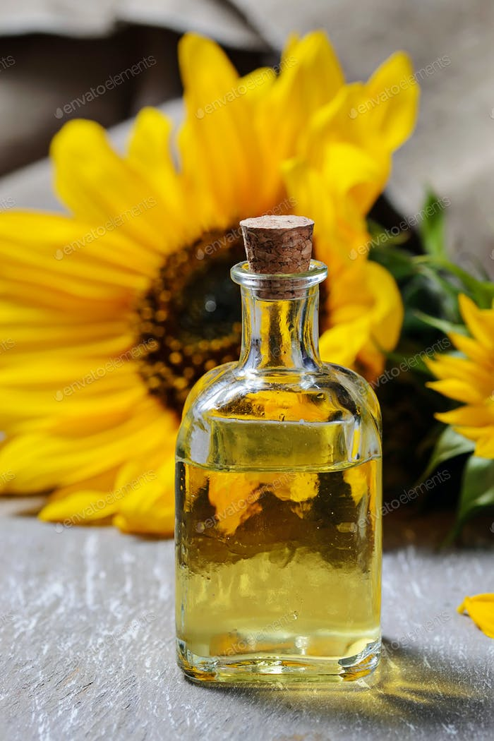 Natural sunflower oil and flower