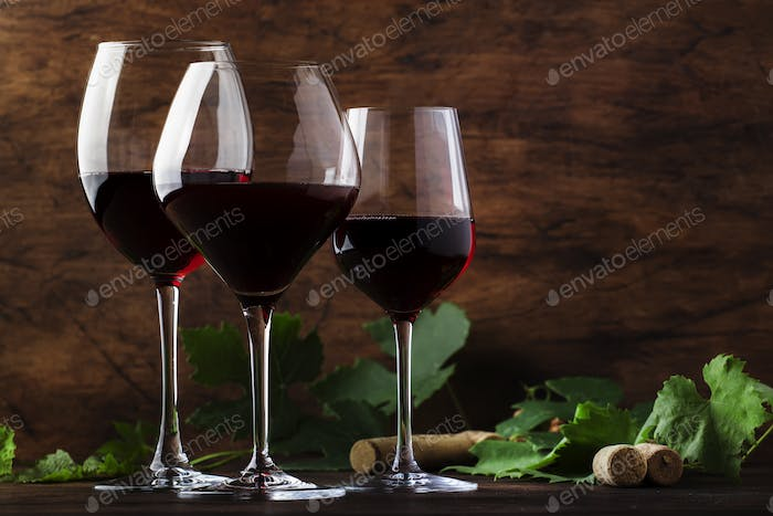 Dry, semi-dry, sweet red wines in special wine glasses