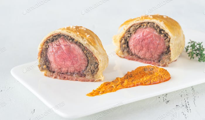 Portion of beef Wellington