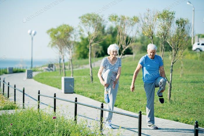 Aktives älteres Paar