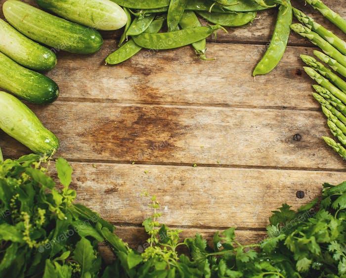 Verduras en la pizarra. Espacio para texto.