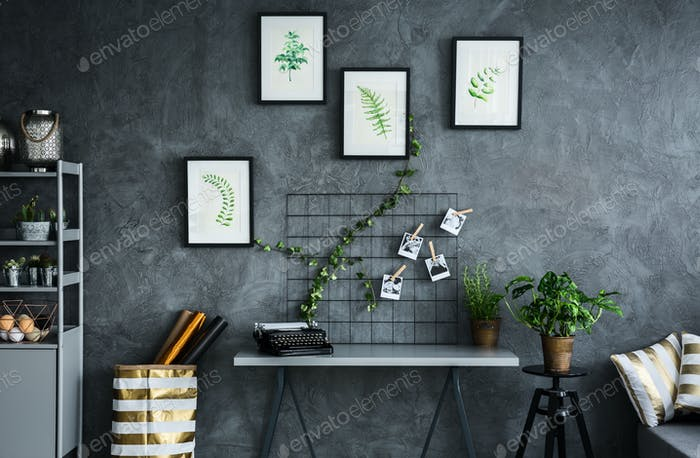 Room with plant themes