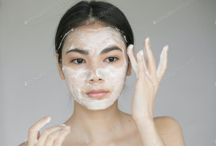 Мыло для лица женщина чистая кожа