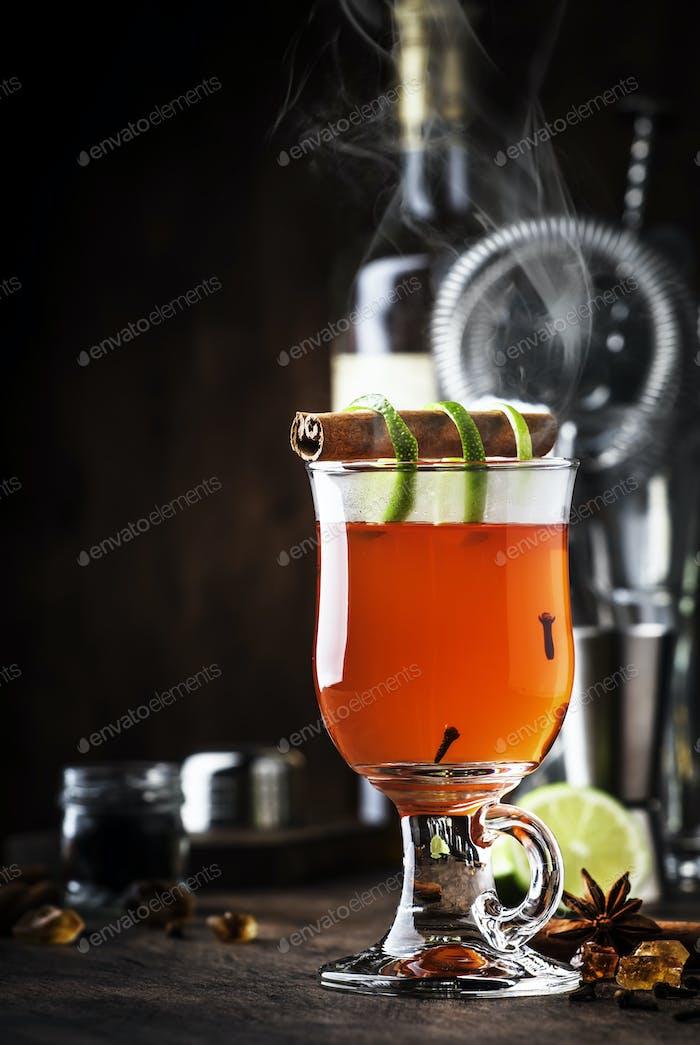 Hot rum punch