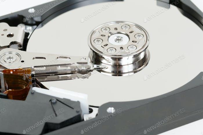 закрытие жесткого диска с абстрактным отражением