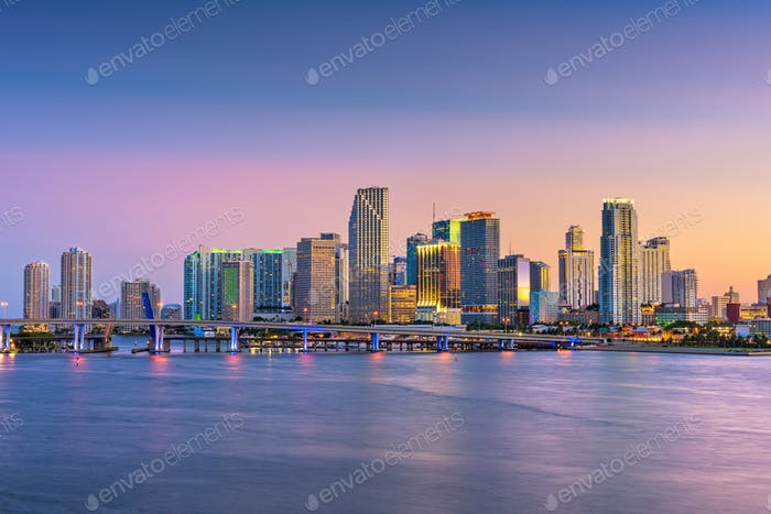 Miami, Florida, USA Skyline auf der Bisayne Bay