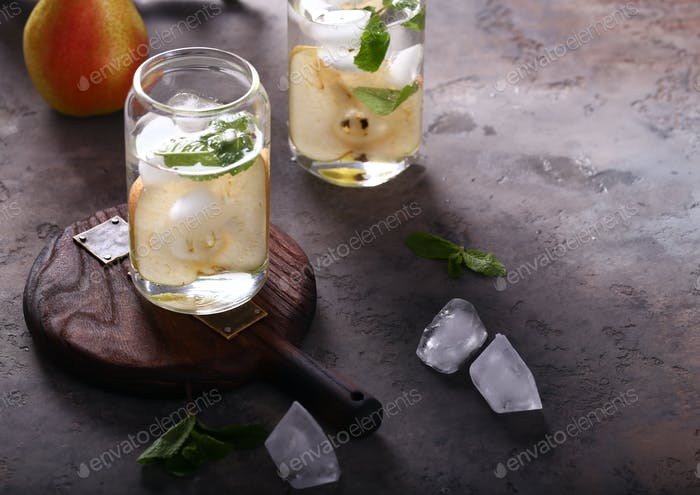 Pear Lemonade Ice Tea