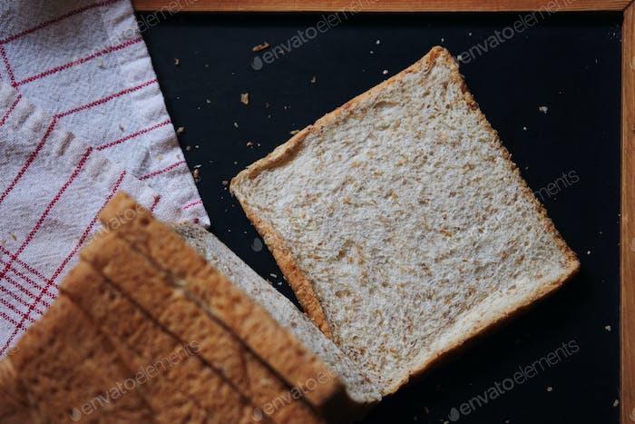 Nahaufnahme von geschnittenem Brot