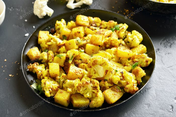 Indian style cauliflower with potatoes