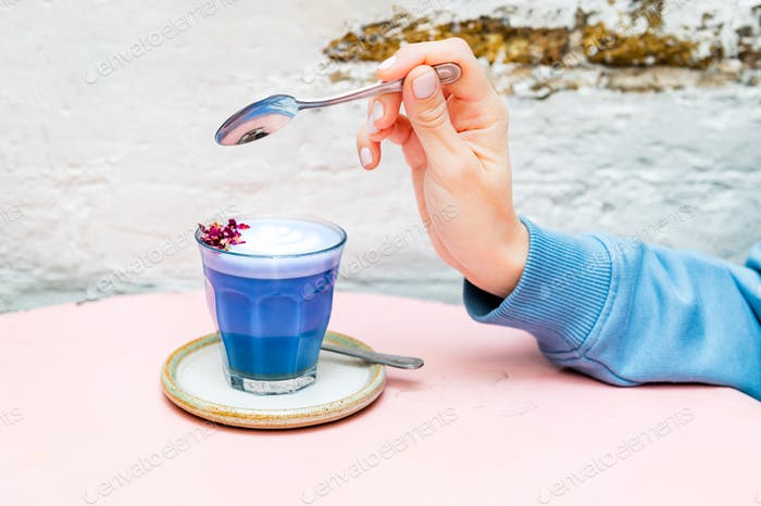 Butterfly Matcha from organic blue matcha