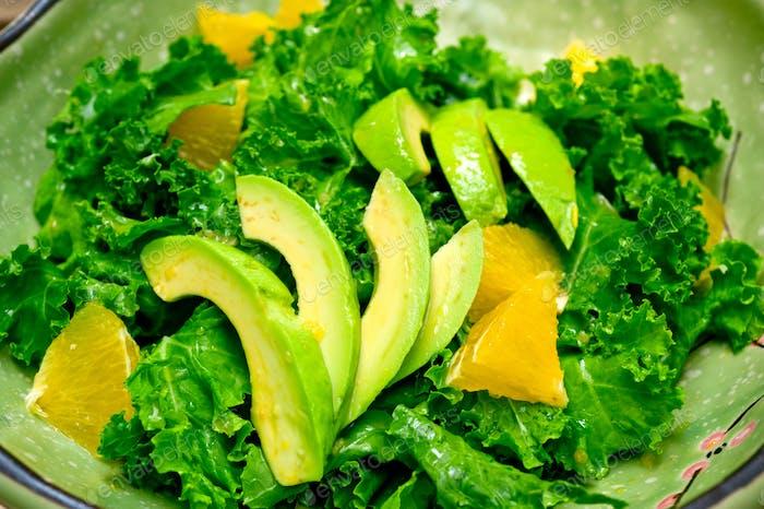 frischer Avocado-Salat