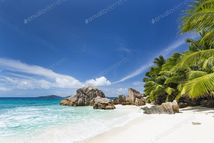 Perfect Anse Patates, La Digue, Seychelles