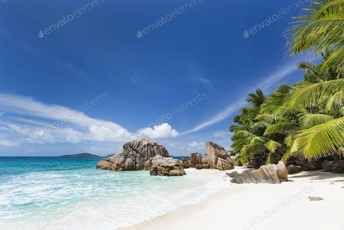 Perfect Anse Patates, La Digue, Seychelles