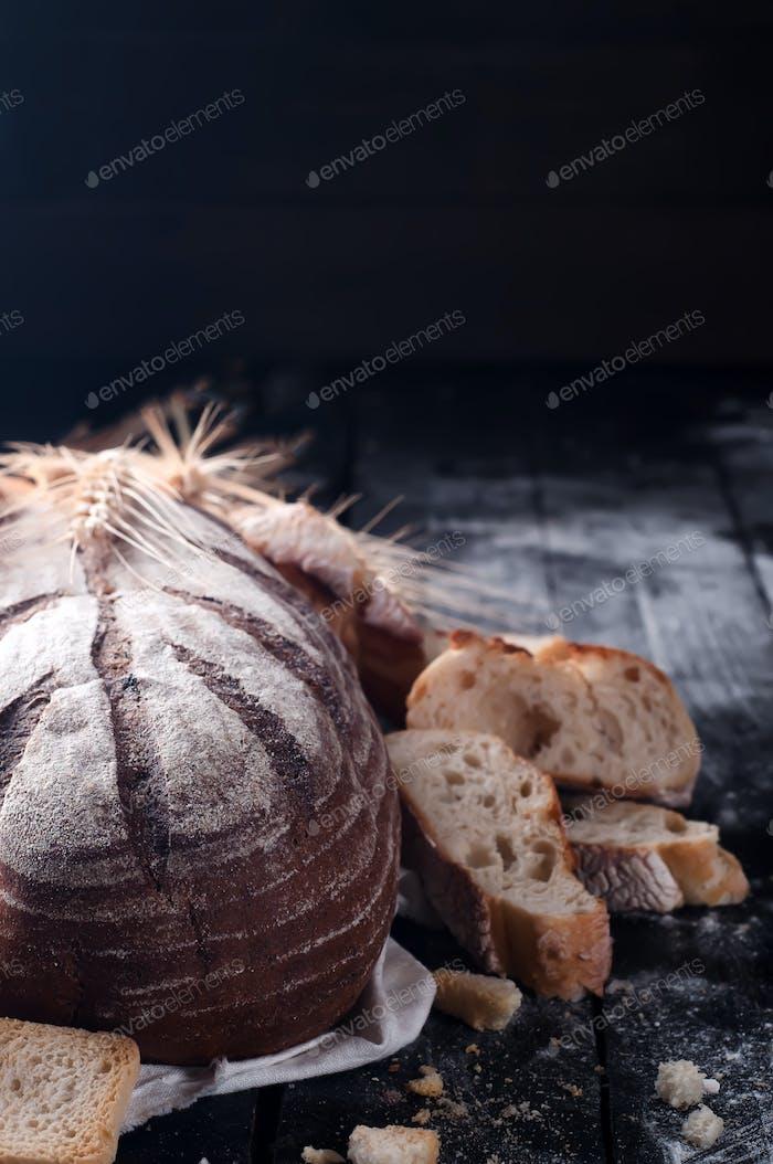 Verschiedene Scheiben Brot