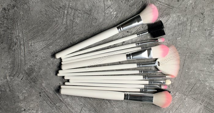 Composition of makeup brushes