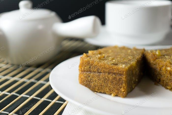 Pine nut sesame steamed cake