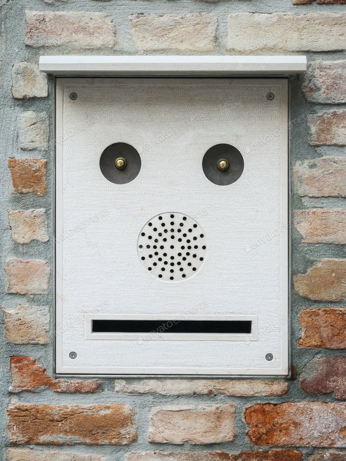 a mailbox like a face