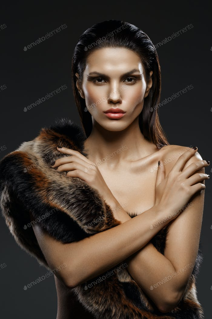 girl in fur scarf