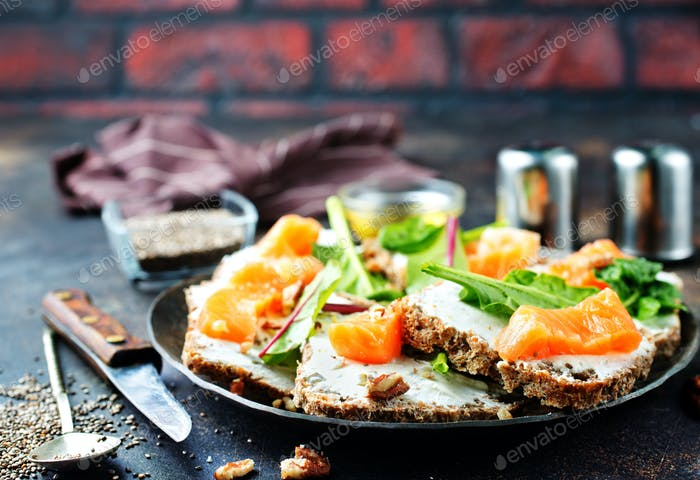 butterbreads with fish