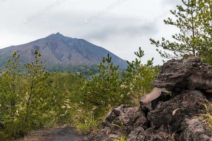 Japan mit dem Vulkan Sakurajima