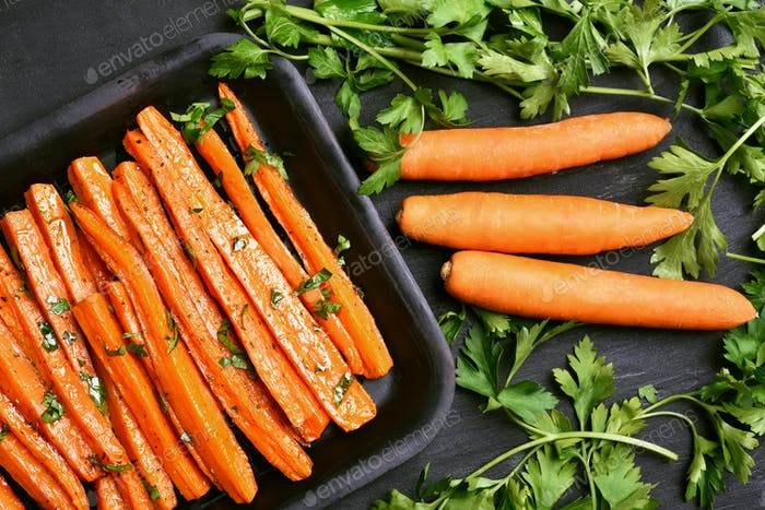 Roasted carrots with green herbs