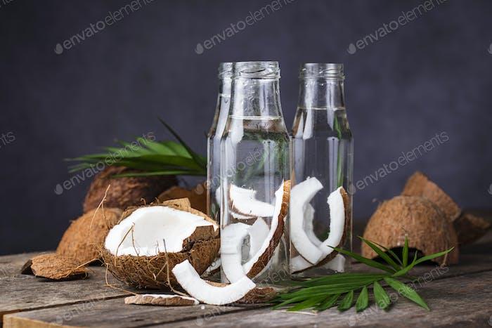 Natürliches, gesundes Kokoswasser