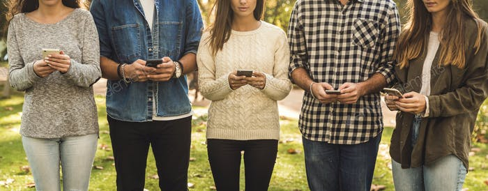 Friends distracted with social networks