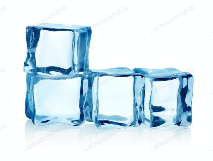 Gruppe Eiswürfel isoliert