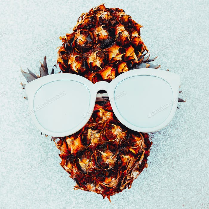 Pineapple person Minimal art idea