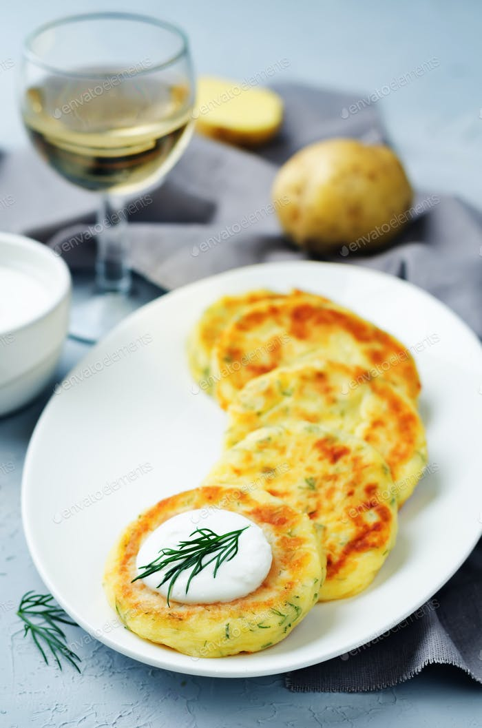 Cheese mashed potato cakes with dill