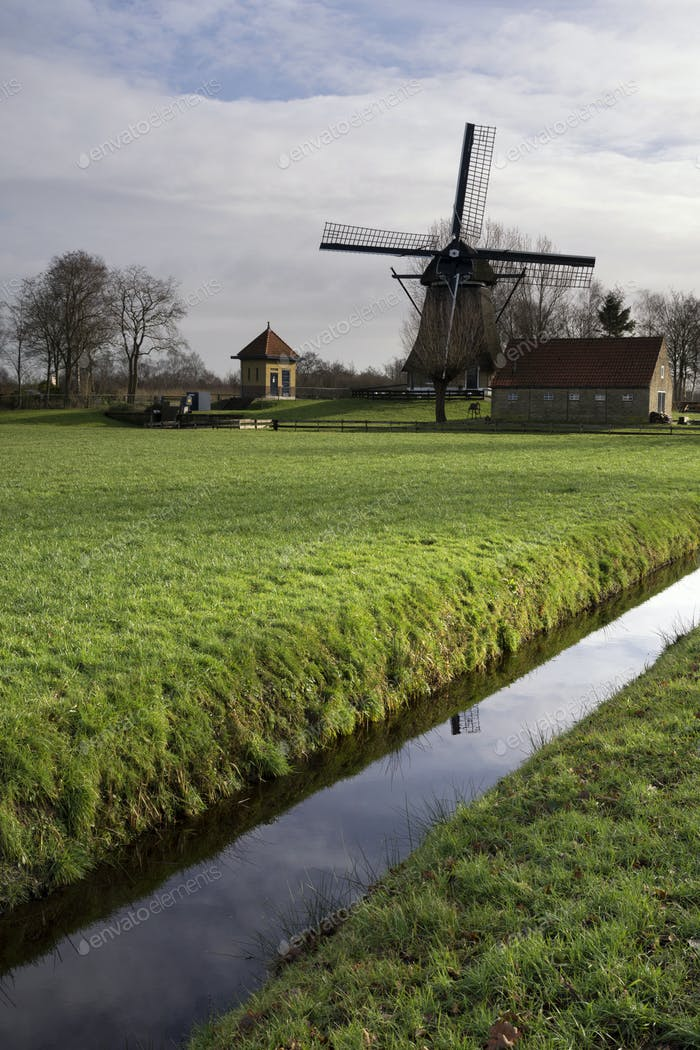 Windmill De Hersteller at Sintjohannesga