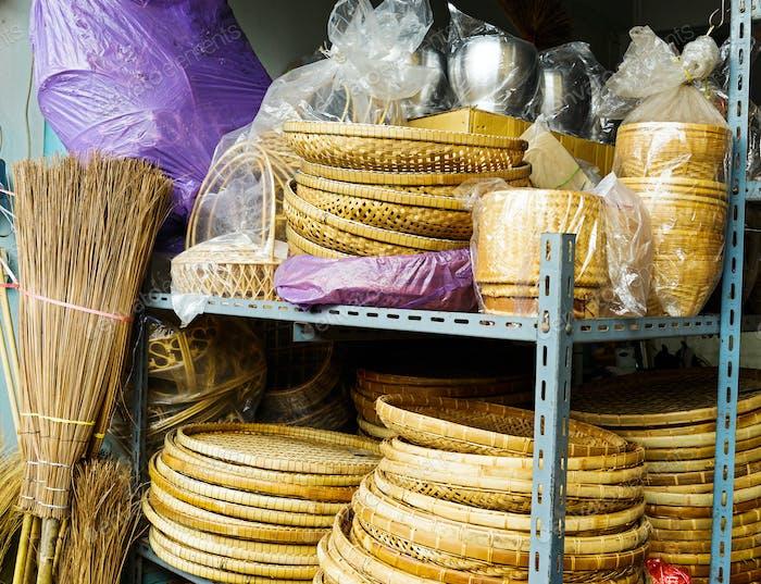 Handgefertigter Bambuskorb zu verkaufen