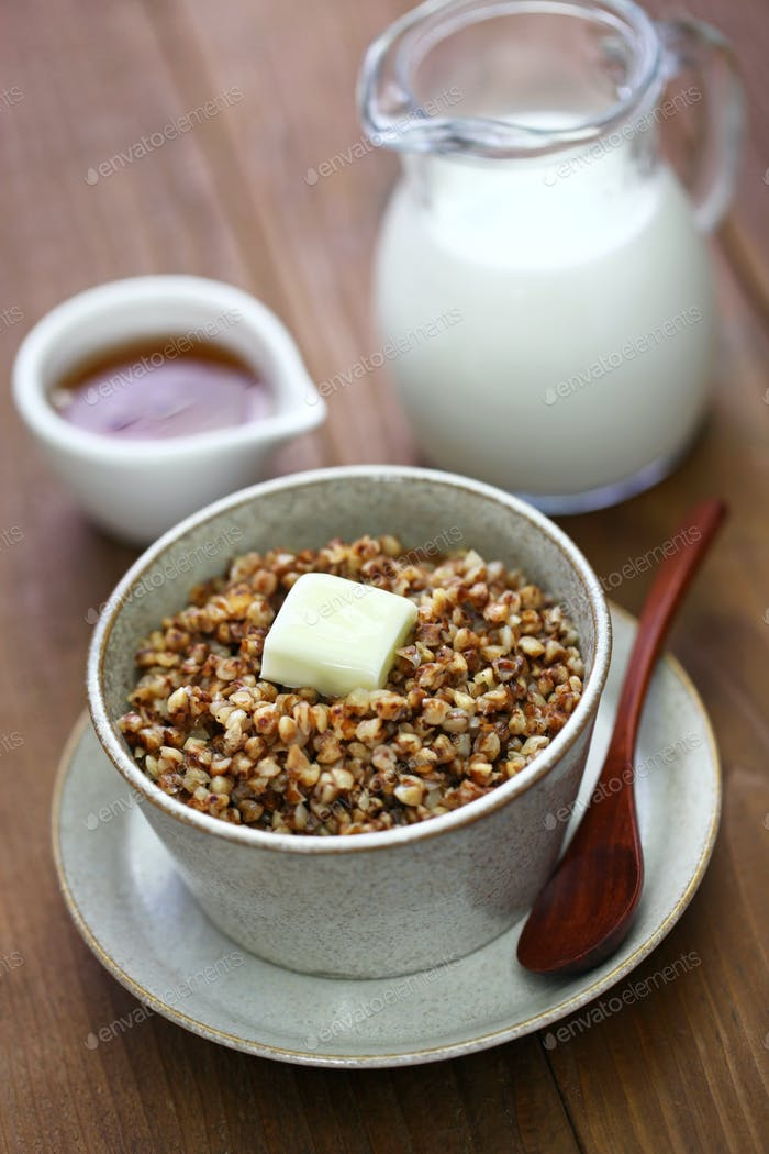 kasha, buckwheat porridge