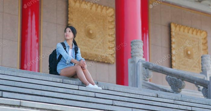 Woman visit taiwan Chiang Kai shek Memorial Hall