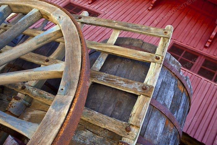 Cart and barrel