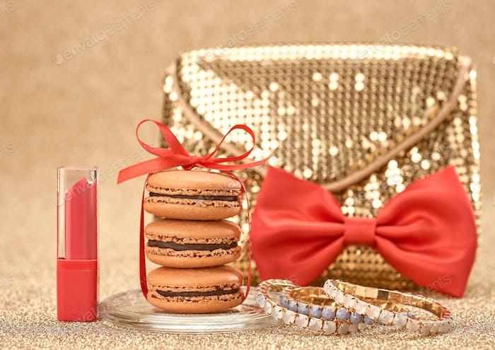 Handbag, macarons