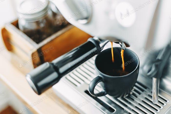 Process of making classic espresso in machine