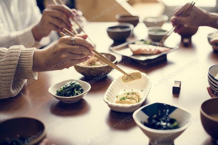 Comer Comida japonesa