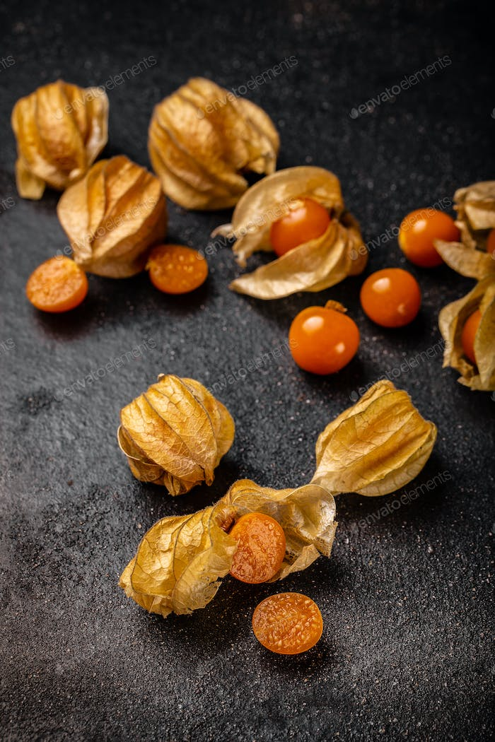 Fresh juicy organic Cape gooseberries