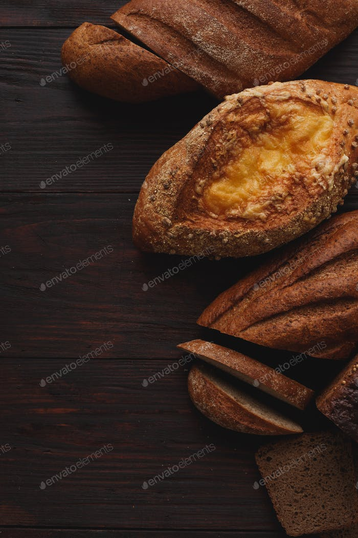 Different wholegrain breads