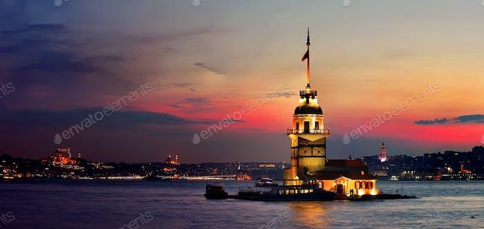 Torre Maiden en Estambul