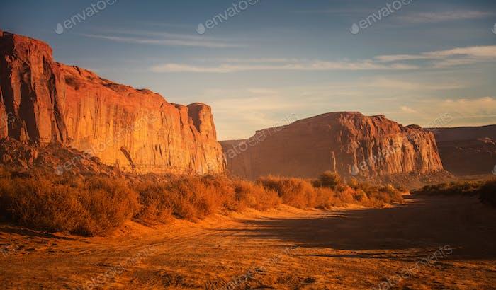 Szenische rote Sandwüste der Arizona
