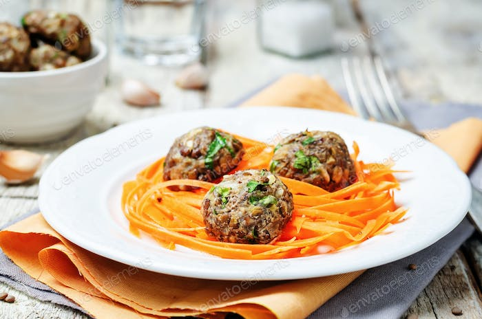 Green lentils meatballs with carrots Spaghetti