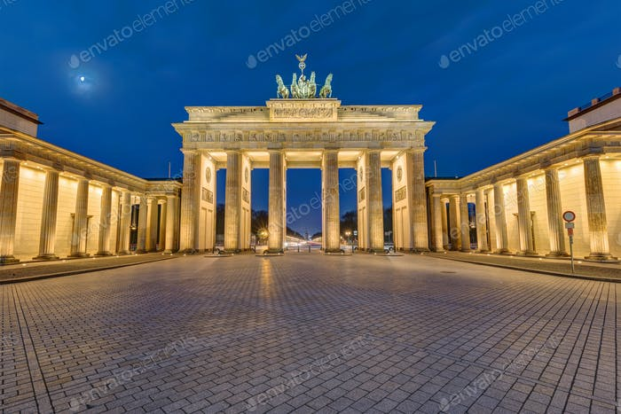 The Brandenburg Gate in Berlin at dawn
