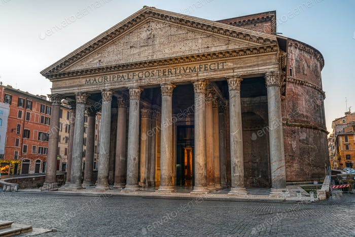 The Pantheon in Rome early in the morning