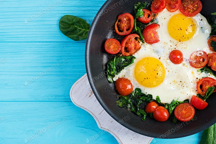 Breakfast. Ketogenic diet food.